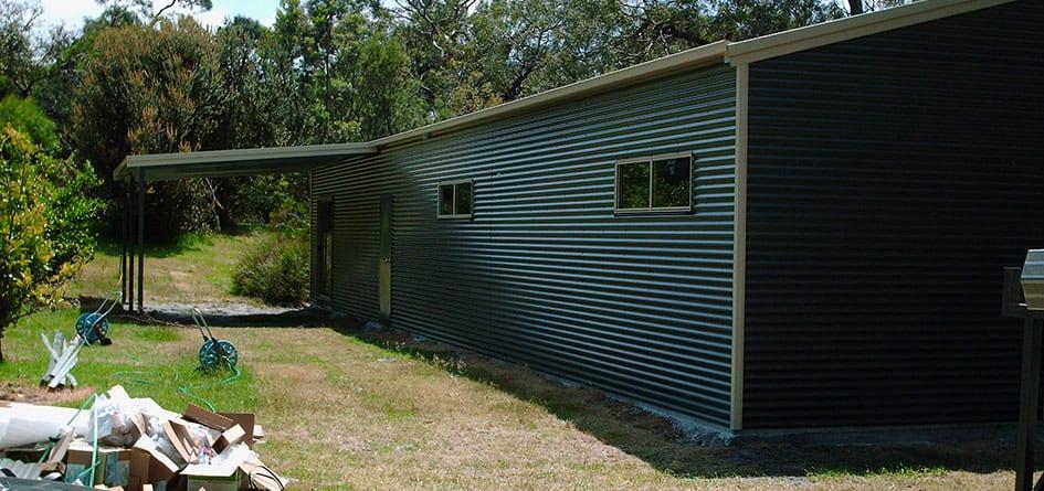 horizontal cladding shed